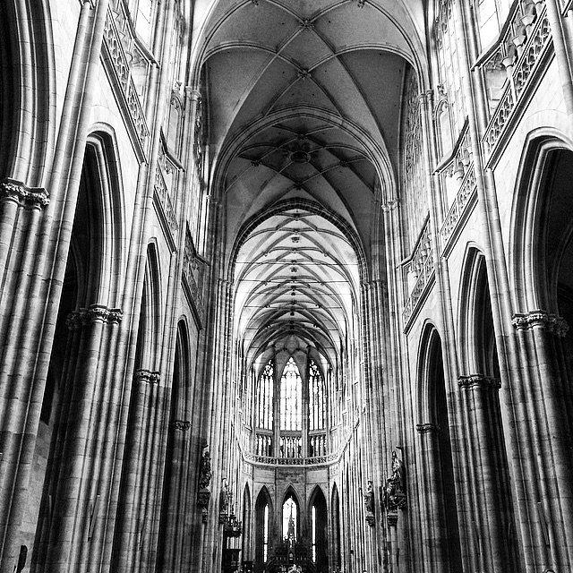 Wow. #Europe #RoadTrip #Travel #Photographers #Praga #Checos #LU #LetsExplore #NG #BN #church